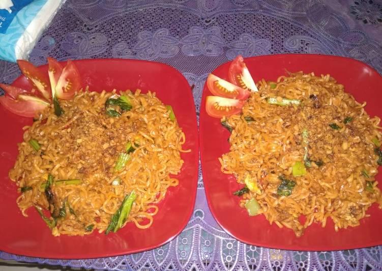 Resep Mie Get Mie Goreng Pedas Oleh Lisa Rachmawati Cookpad