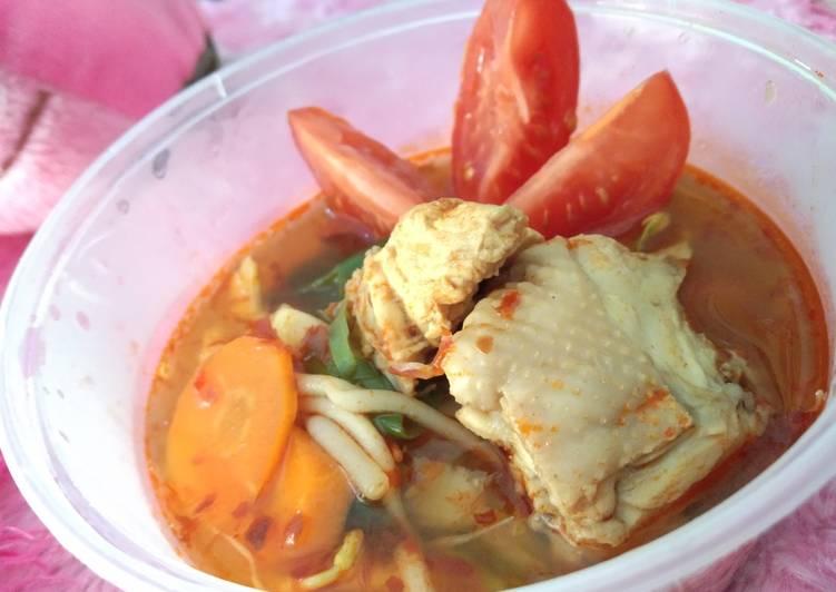 Ayam Tom Yum Bamboe