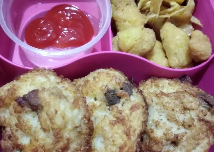 Resep Bekal Anak (omelet nasi + dori popcorn + telur supir) Favorit
