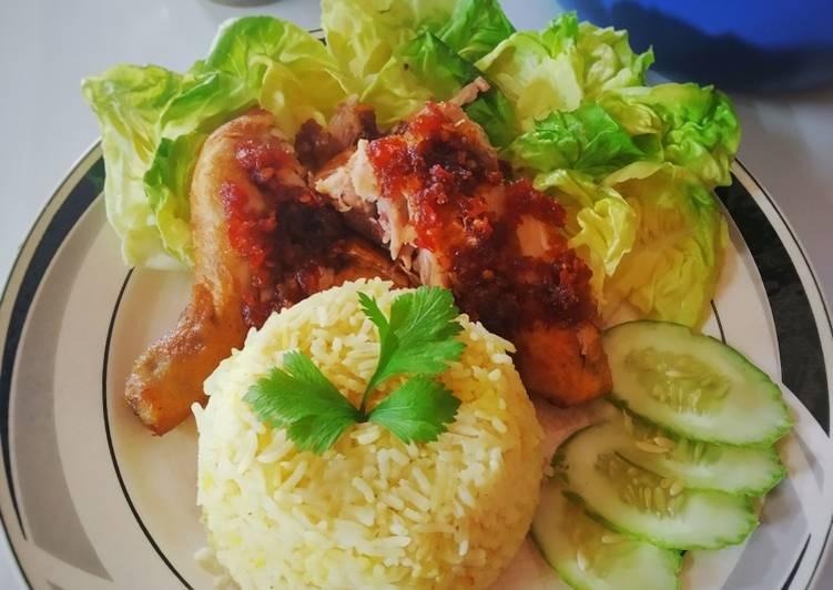 Nasi Ayam Penyet Manja - Kurang Pedas - velavinkabakery.com