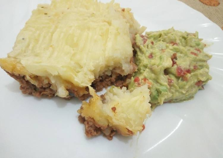 Shepherd Pie with Guacamole