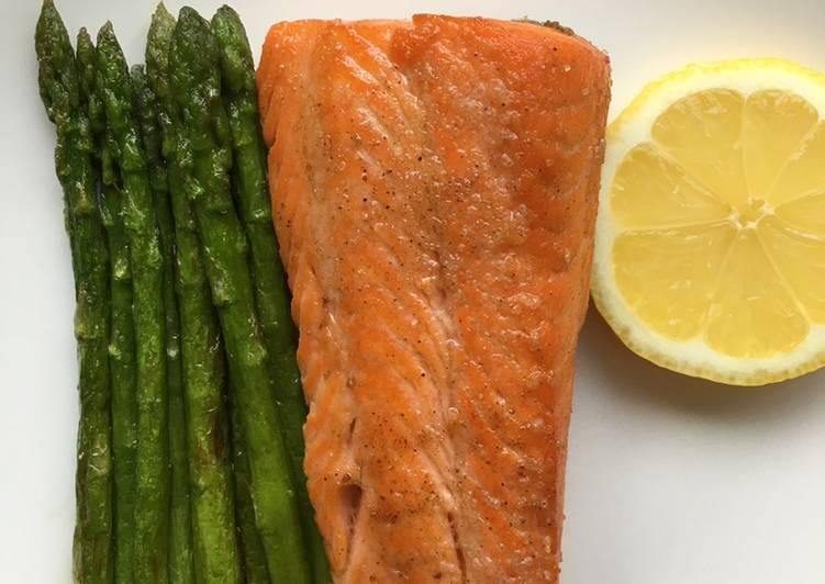 One Pan Salmon and Asparagus