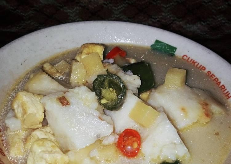Ketupat sayur lodeh sederhana