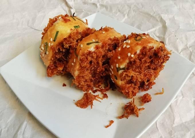 Roti Gulung Abon Ayam