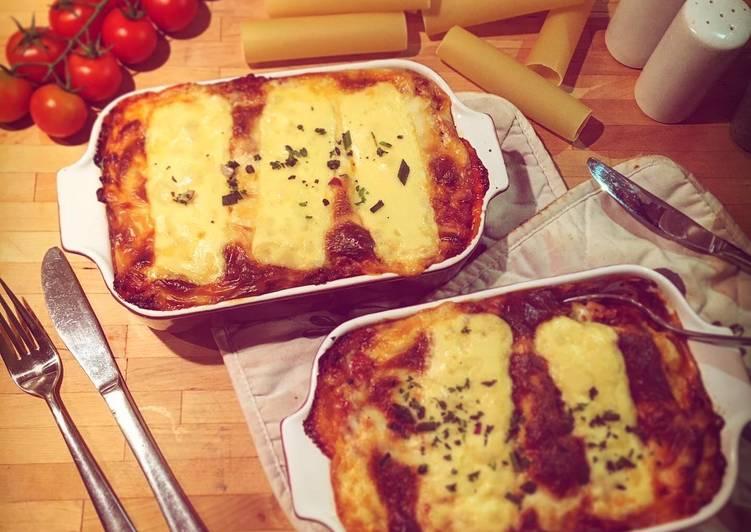 Ricotta-Cannelloni Bolognese
