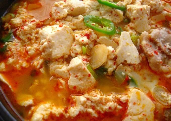 How to Make Quick Soondubu Jjigae (Korean Soft Tofu Stew) for 2