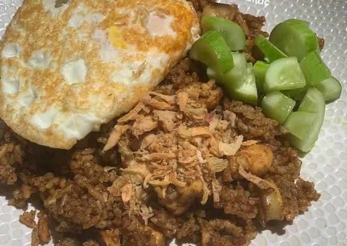 138. Nasi Goreng Kebuli Ayam Cumi