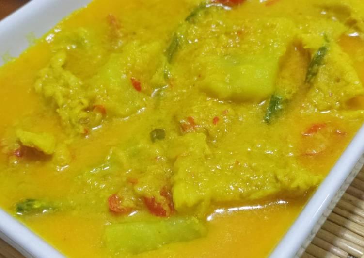 Resepi Ayam Pandan Kuning (Tuturuga) - velavinkabakery.com