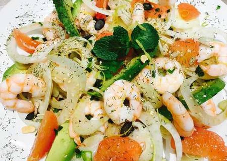 Façon la plus simple Préparer Savoureux Salade Avocat Crevette et Pamplemousse