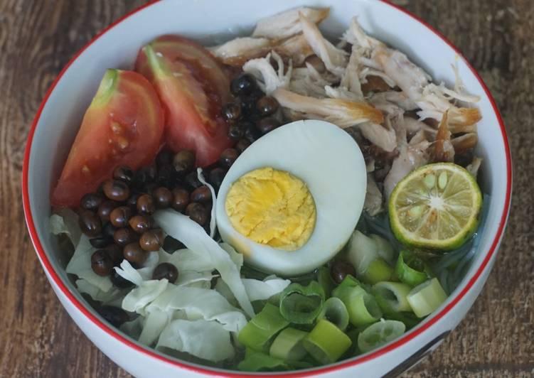 Resep Soto Ayam Bening Simpel tapi Enak, Lezat