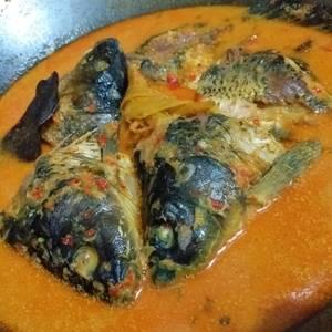 Ikan mas kuah santan