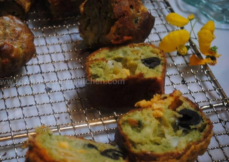 My savoury bread (cake) نان زیتون با سبزیجات