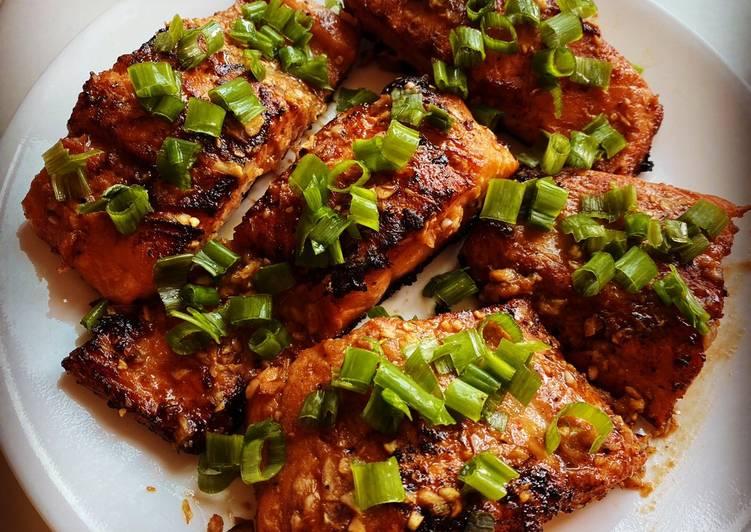 How to Make Super Quick Homemade Firecracker Salmon