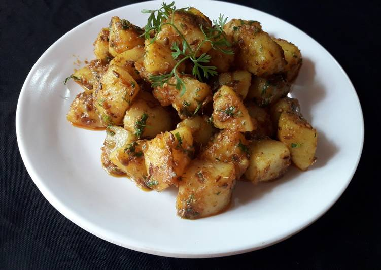 Simple Way to Make Super Quick Homemade Jeera Aloo