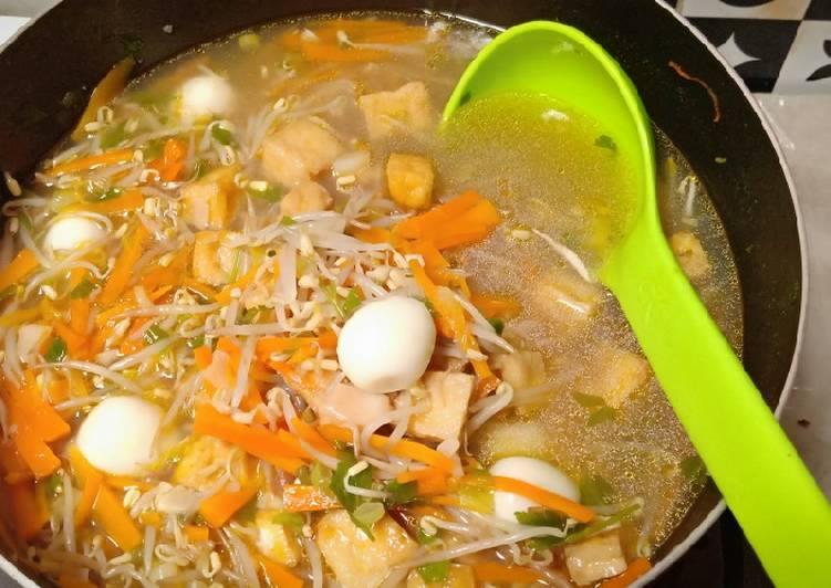 Sayur toge wortel dan telur puyuh