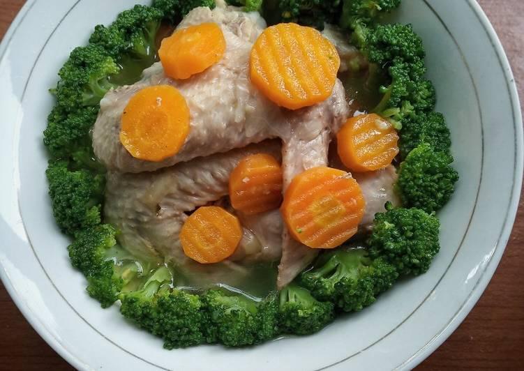 Sup Gurih Brokoli sayap ayam