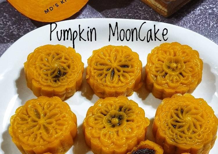 Pumpkin MoonCake
