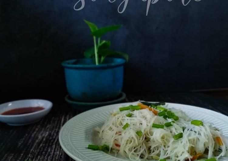 Bihun goreng 'Singapore'