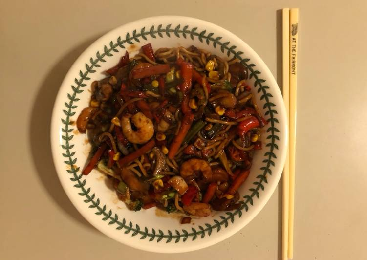 15 Minute Recipe of Autumn Chilli, Prawn & Vegetable Stir-fry
