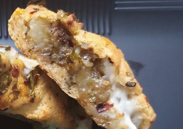 Samosa Garlic Bread