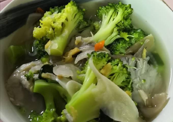 Sup Cendawan & Brokoli