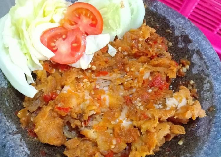 Resep Ayam Geprek Kremes Oleh Lia Pramitasari Cookpad