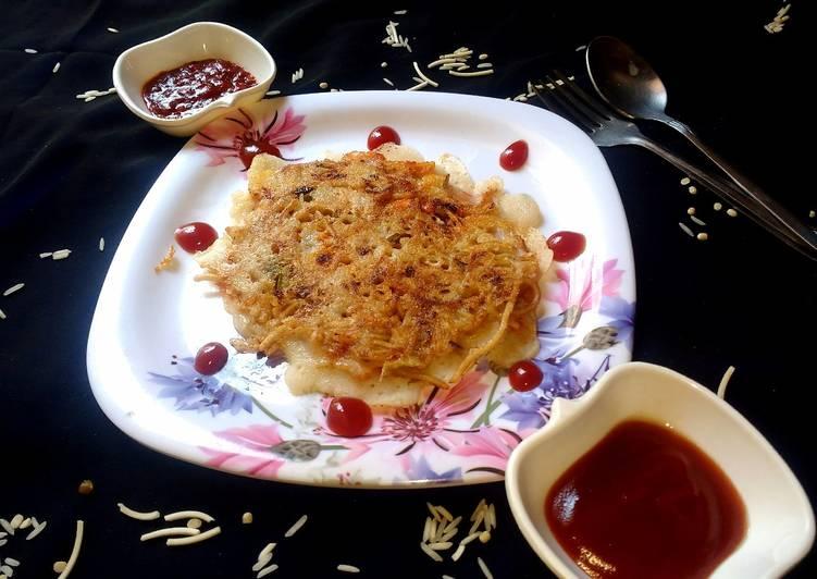 Stuffed veg noodles dosa (chinese dosa)