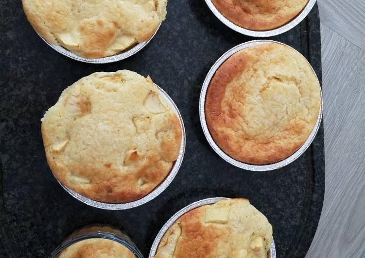 Recette Délicieuse Gâteau aux pommes avec un cœur en chocolat