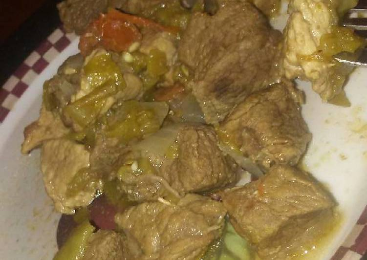 How to Make Quick Pork with green chilli's