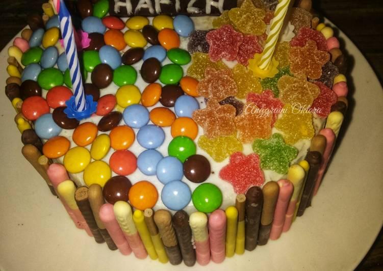 Birthday Cake Simple - cookandrecipe.com