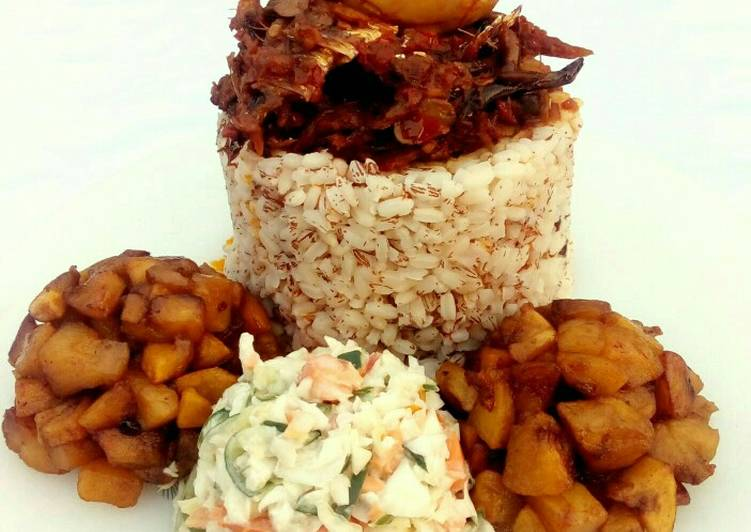 5 Minute How to Prepare Cooking Ofada rice with stew,dodo and coleslaw