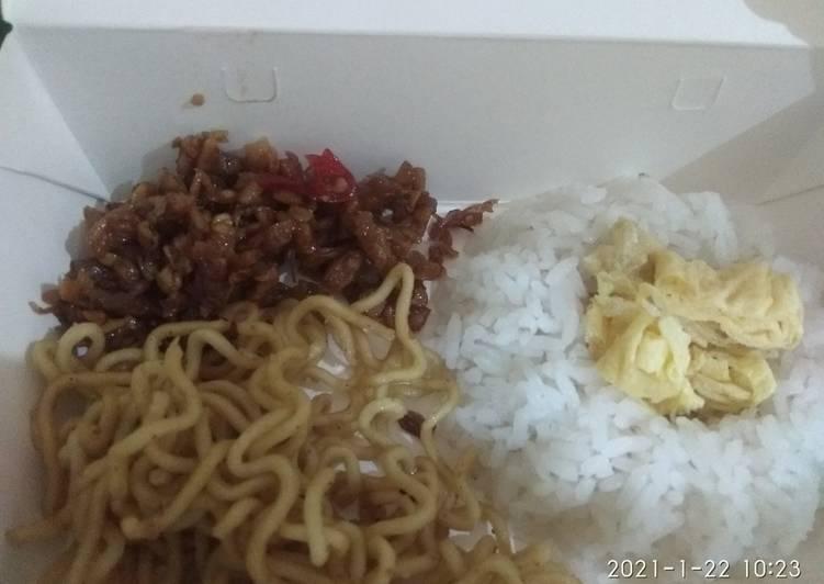 Nasi uduk rice cooker lauk sederhana