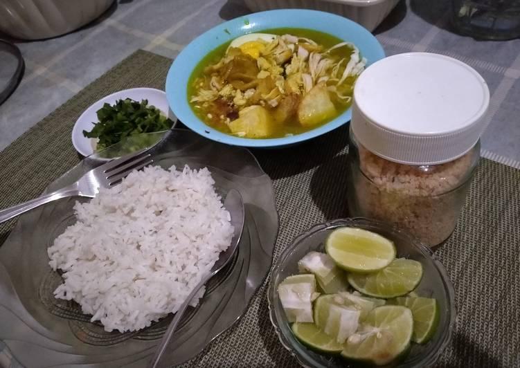 Soto ayam lamongan - cookandrecipe.com