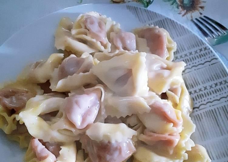 Tortelli mozzarella e 'nduja con crema di formaggi