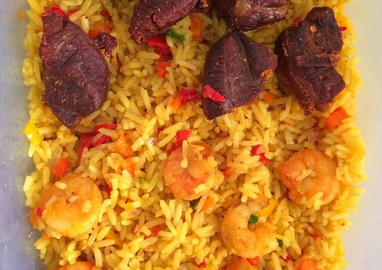 Shrimp stirred fried rice and fried beef