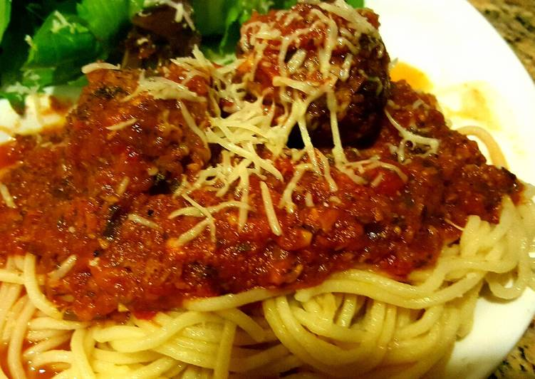 Steps to Make Favorite Meatballs stuffed with Mozzarella