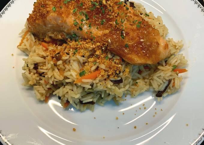 Pavé de saumon laqué au four Riz et légumes façon wok