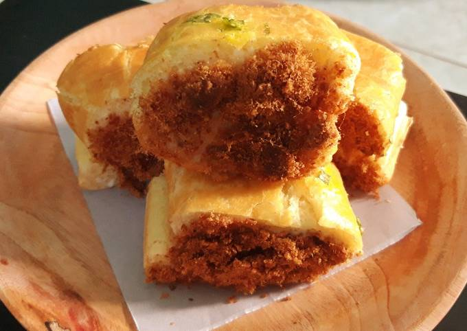 Meat Floss Roll Bun Alias roti abon