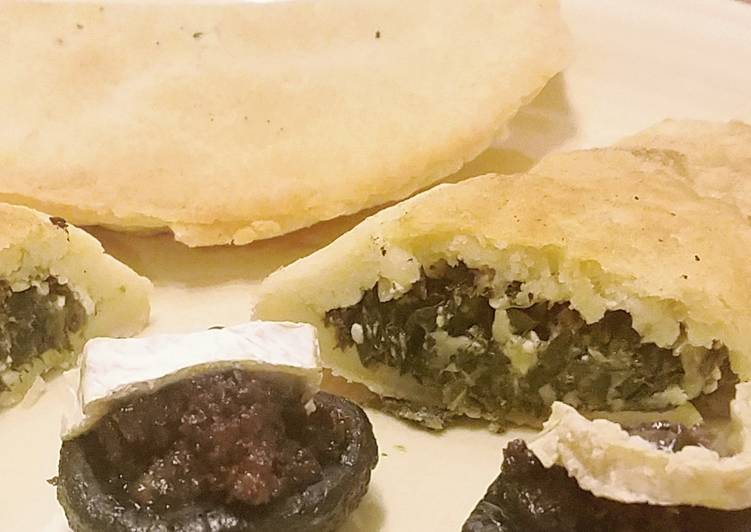 Recipe: Appetizing Fried Spinach feta Hand Pies