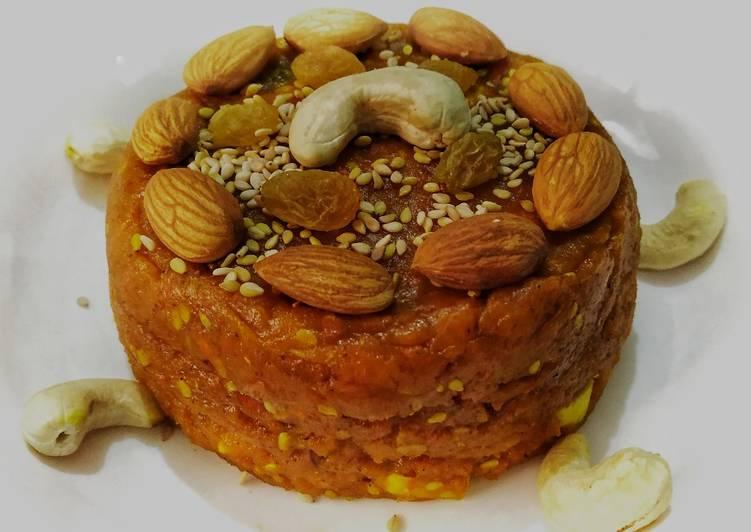 Simple Way to Make Most Popular Jaggery-Turmeric Halwa