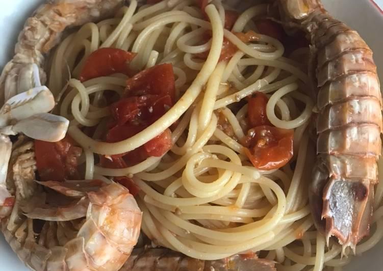 Spaghetti con canocchie o cicale