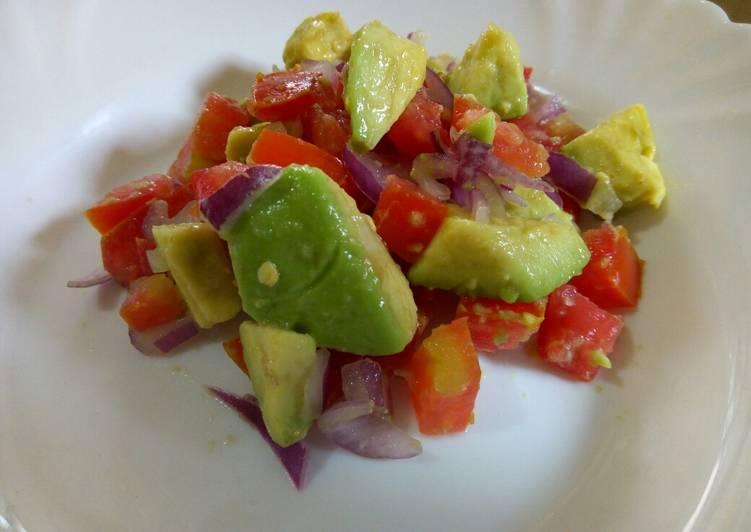 Simple Way to Make Perfect Guacamole