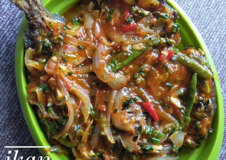Resep Ikan Lebam Masak Saos Oleh Firry Indrawati Cookpad