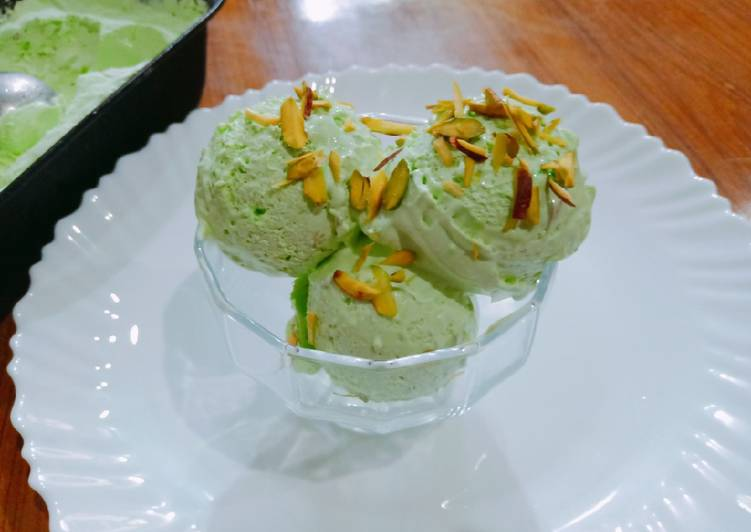 Homemade pishawari pista ice cream Recipe