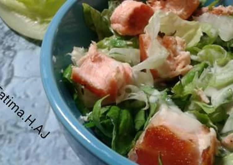 Step-by-Step Guide to Make Favorite Salamon caesar salad