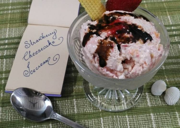 Strawberry cheesecake icecream