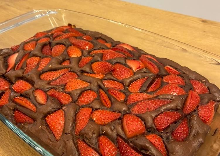 Recipe of Super Quick Homemade Vegan Strawberry brownies