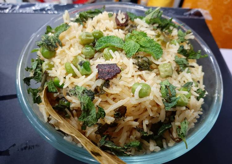How to Prepare Any-night-of-the-week Mint peas Pulao