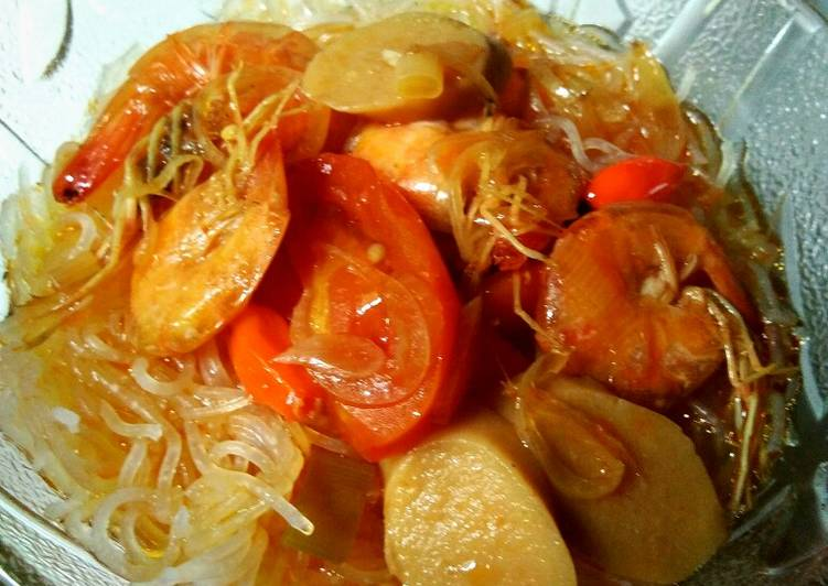 Bihun kuah udang sosis asam manis