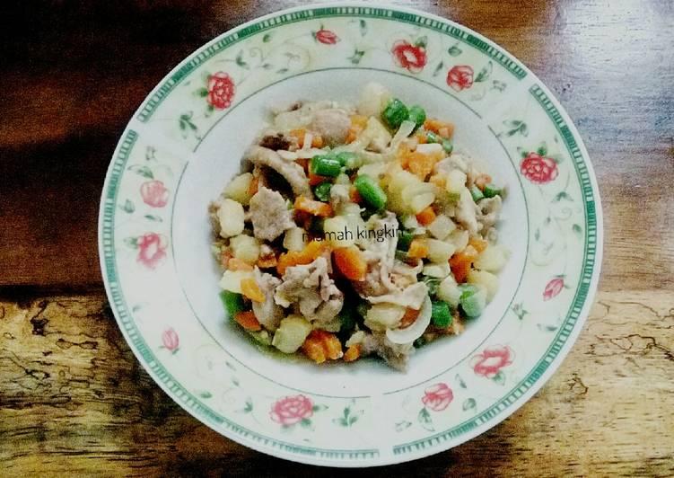 Tumis ayam kw (kentang wortel) alaku